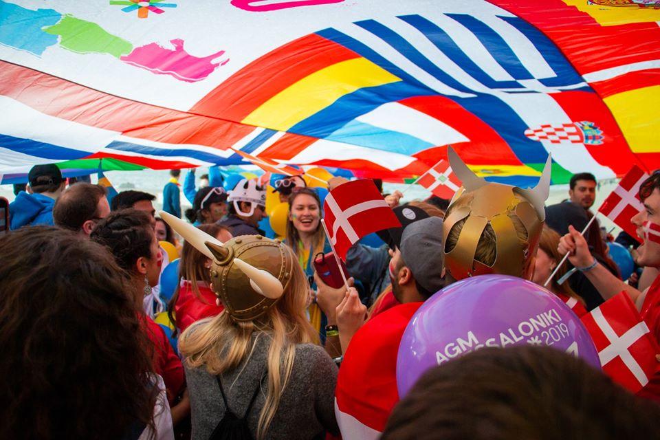 Flag Parade par ESN
